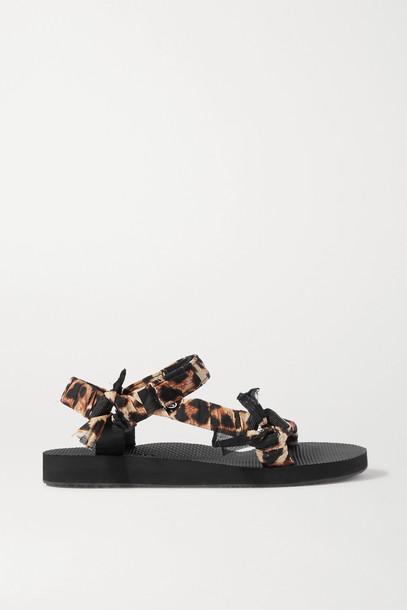 ARIZONA LOVE - Trekky Chic Faux Pearl-embellished Canvas Platform Sandals - Animal print