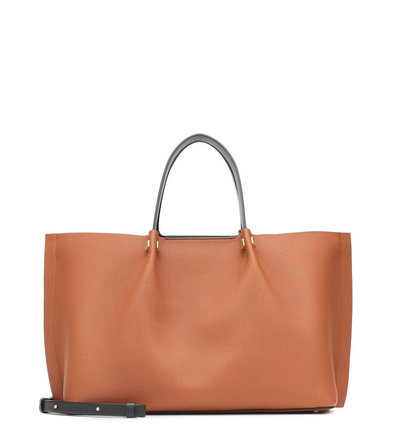 Exclusive to Mytheresa – Valentino Garavani VLOGO Escape Medium leather tote in brown