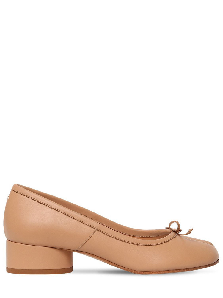 MAISON MARGIELA 30mm Tabi Leather Pumps in beige