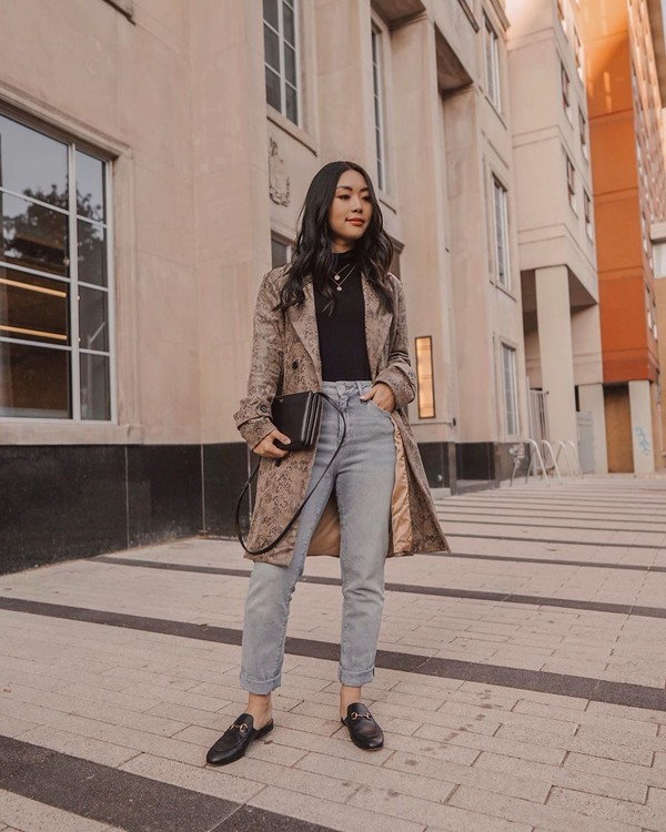coat long coat double breasted mules high waisted jeans black turtleneck top black bag