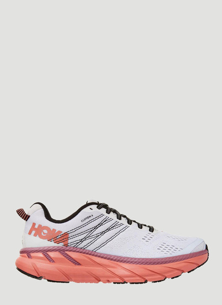 Hoka One One Clifton 6 Sneakers in Orange size US - 07