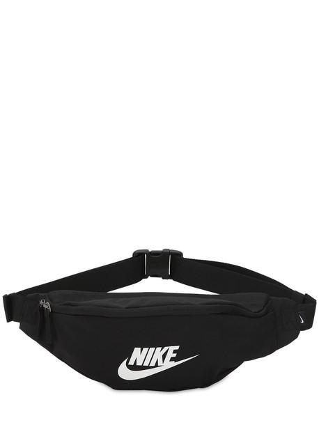 bbed02c9 NIKE Heritage Techno Belt Bag in black