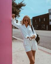 top,white shirt,High waisted shorts,pleated,white shorts,bag