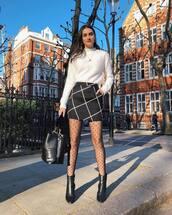 skirt,mini skirt,high waisted,black skirt,black boots,ankle boots,tights,black bag,white sweater,turtleneck sweater