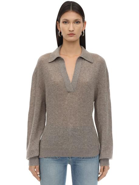 KHAITE Jo Cashmere Knit Sweater in beige