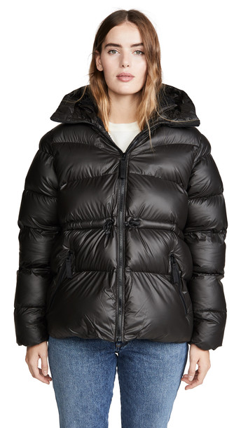 Hunter Boots Original A-Line Puffer Jacket in black