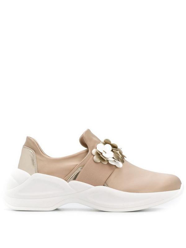Tosca Blu flower appliqué sneakers in neutrals