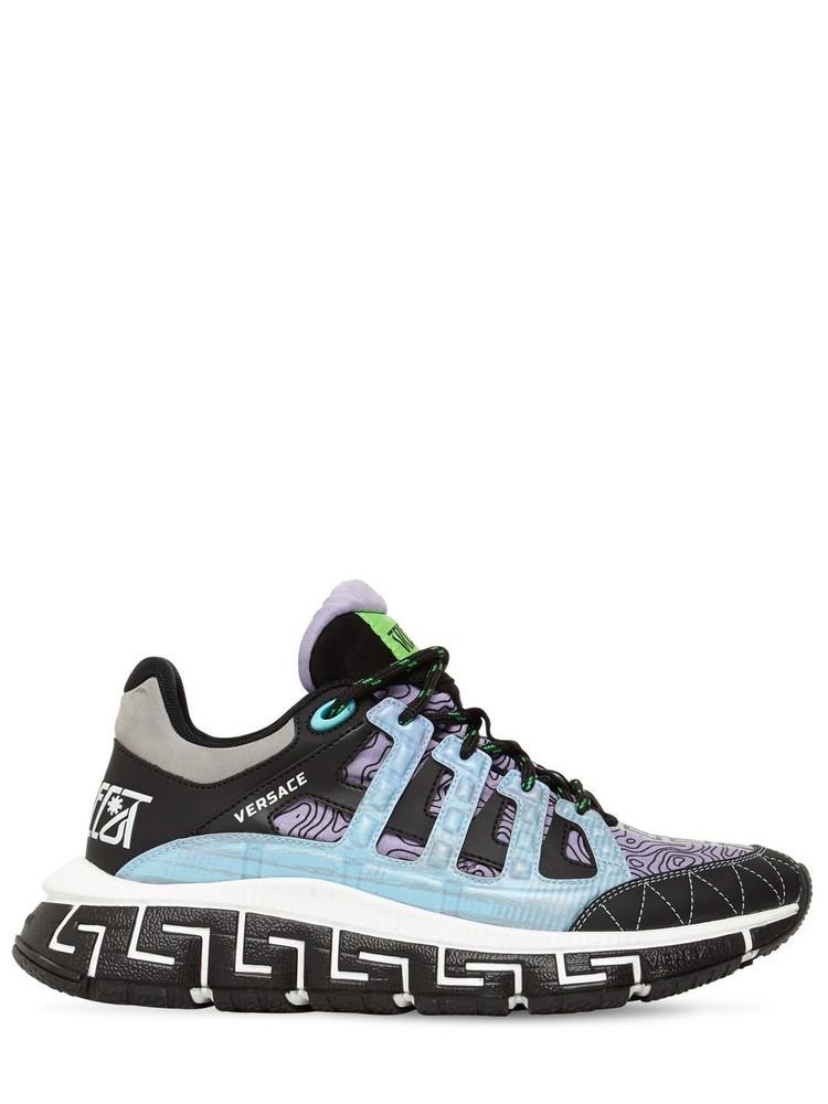 VERSACE 40mm Tri Greca Logo Print Sneakers in black / purple