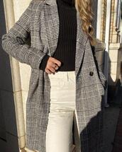 coat,checkered,long jacket,long coat,black and white