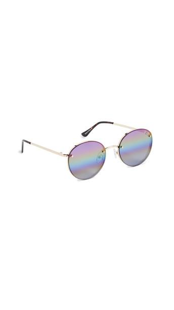 Quay Farrah Sunglasses in gold / purple