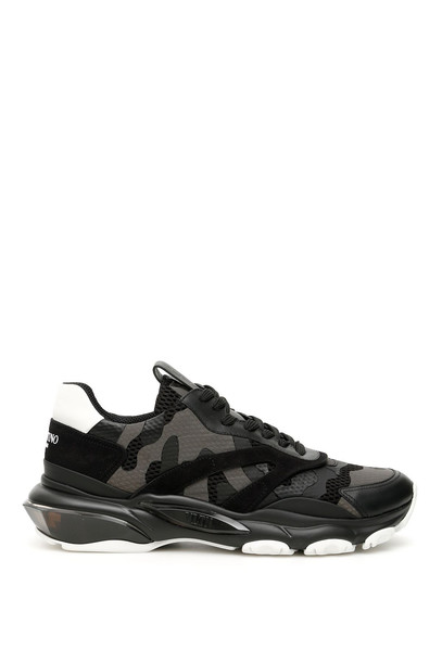 Valentino Camouflage Bounce Sneakers in nero