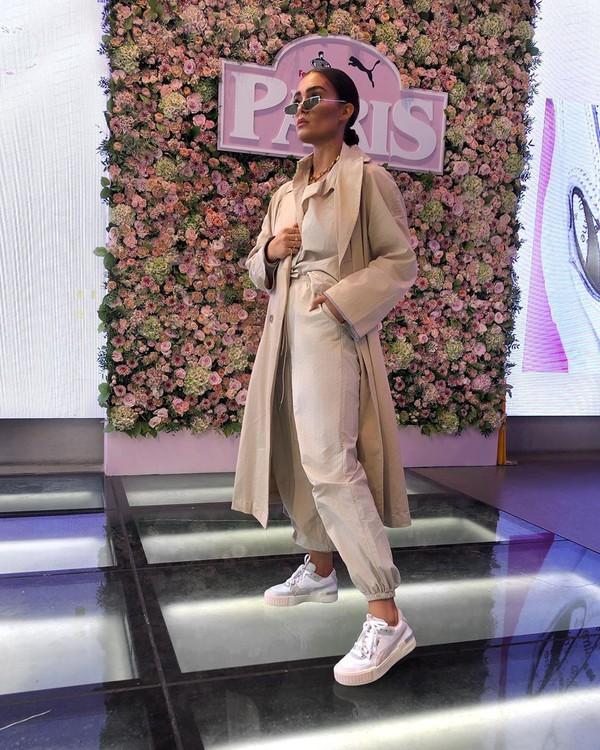 shoes white sneakers pants long coat blouse trench coat puma