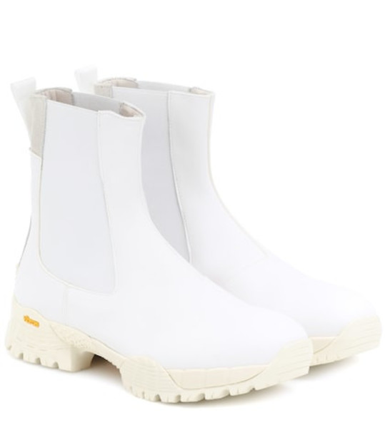 1017 ALYX 9SM Vibram® leather Chelsea boots in white