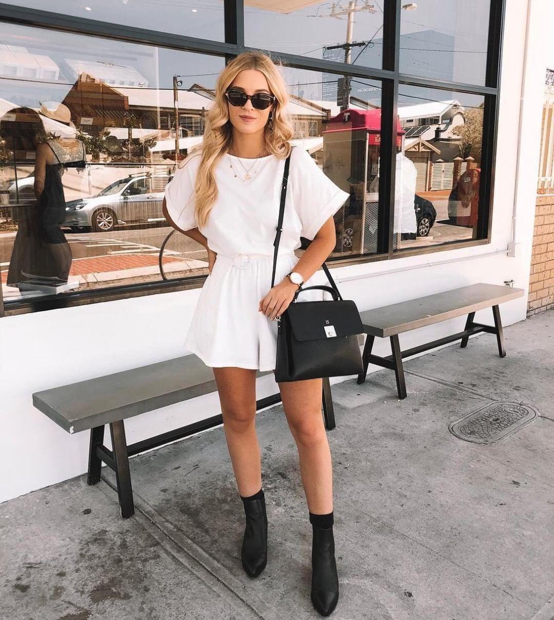 shorts white shorts black boots ankle boots black bag white t-shirt