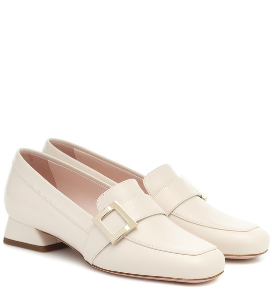 Roger Vivier Belle Vivier leather loafer pumps in white
