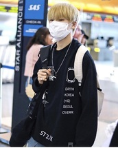sweater,black,south korea,hoodie