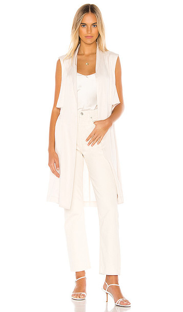 cupcakes and cashmere Stacy Cinched Waist Vest in Ivory