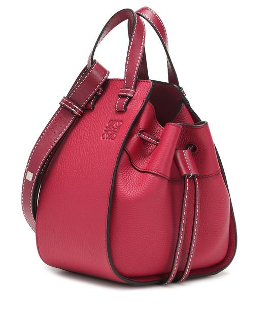 Loewe Hammock Drawstring Mini shoulder bag in red