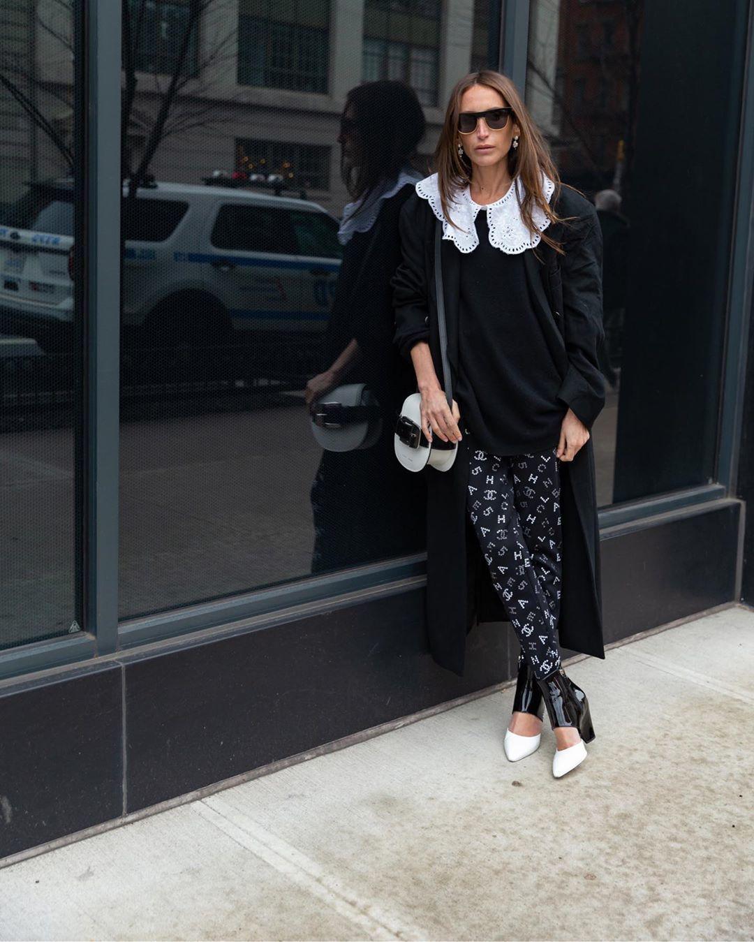 sweater black sweater shoes leggings chanel black coat white bag