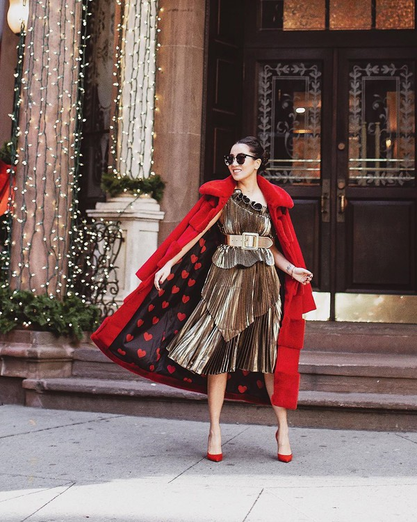 top pleated top midi skirt pleated skirt pumps red coat long coat