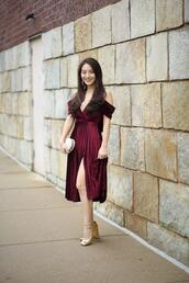 sensible stylista,blogger,jewels,dress,bag,shoes,cocktail dress,gold heels,clutch,red dress