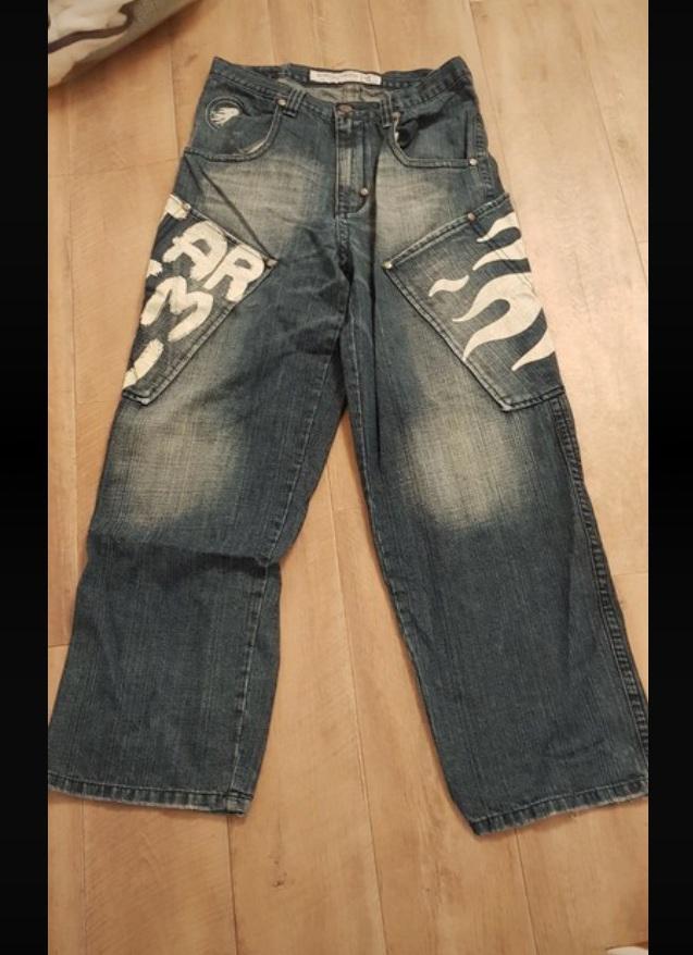 jeans blue print white