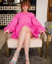 dress,sunglasses,shoes