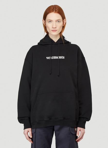 Vetements Hooded Logo Sweatshirt in Black size XS
