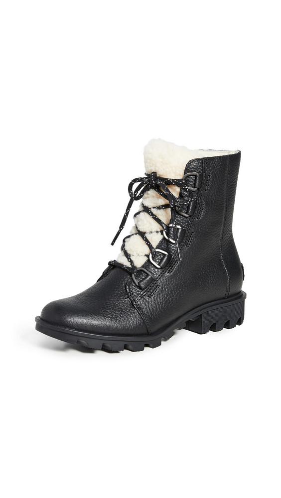 Sorel Phoenix Short Lace up Boots in black
