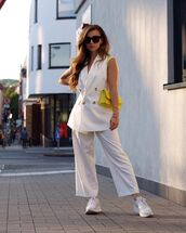 jacket,white blazer,double breasted,cropped pants,white pants,sneakers,yellow bag