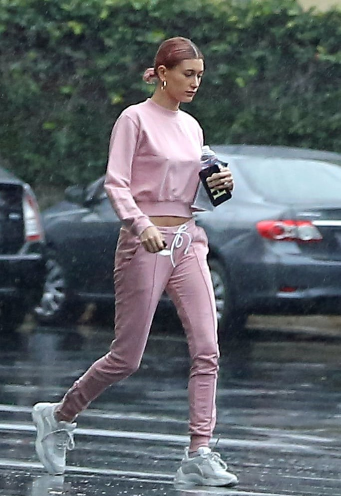 sweater pink hailey baldwin model off-duty sweatshirt sweatpants celebrity casual