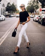 jeans,white jeans,skinny jeans,shoes,black t-shirt,t-shirt,sunglasses