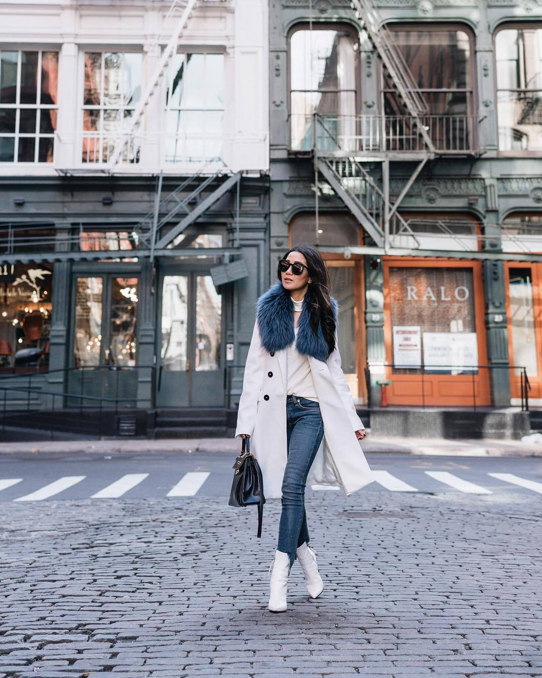 jeans skinny jeans frame white boots ankle boots white coat double breasted zara black bag white sweater turtleneck sweater