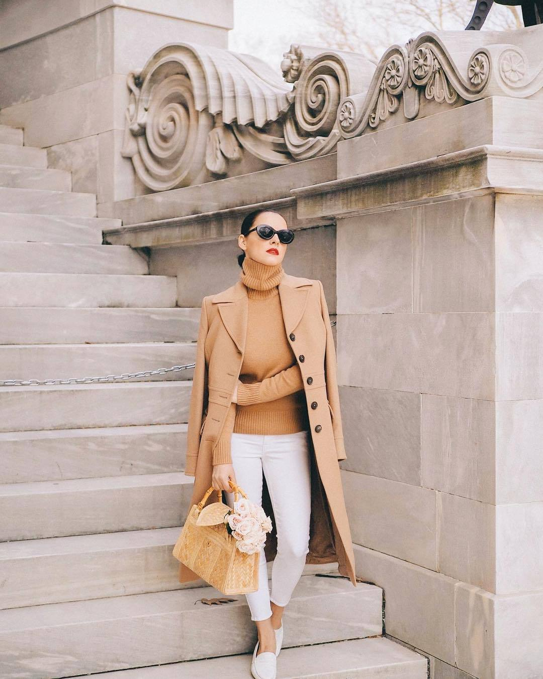 coat camel coat long coat white jeans skinny jeans loafers turtleneck sweater handbag