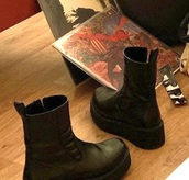 shoes,plateau,chunky sole,leather,chelsea boots,boots,ankle boots,zip