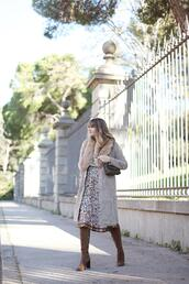my daily style,blogger,dress,coat,bag,boots,brown boots,winter outfits,fur collar coat