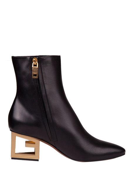 Givenchy Boots in black
