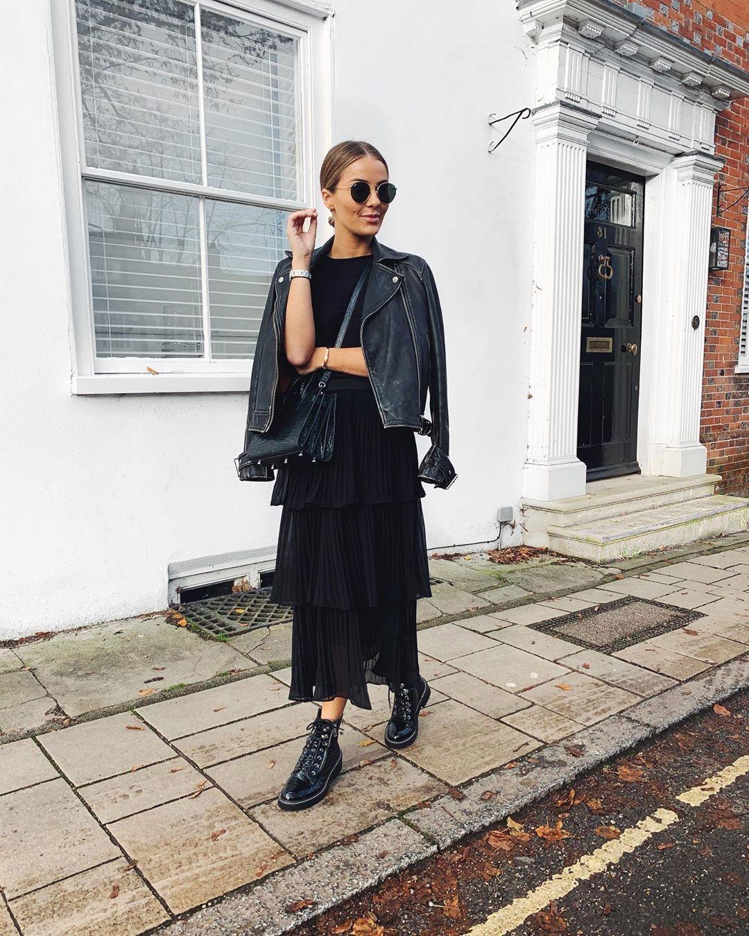 skirt black skirt ruffle ankle boots black boots black leather jacket black top black bag