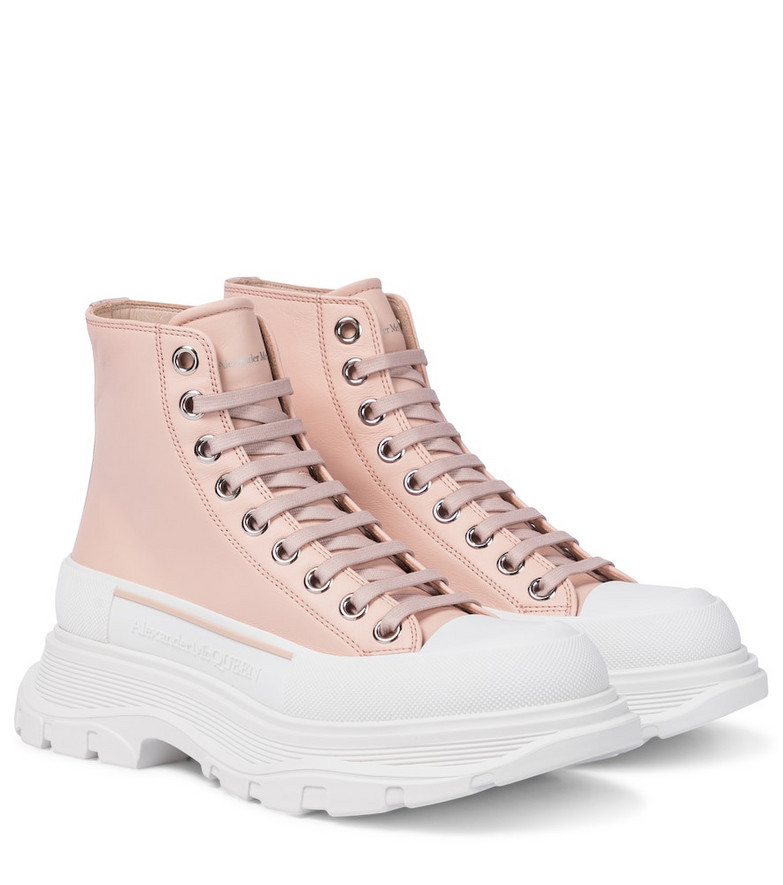 Alexander McQueen Tread Slick leather ankle boots in pink