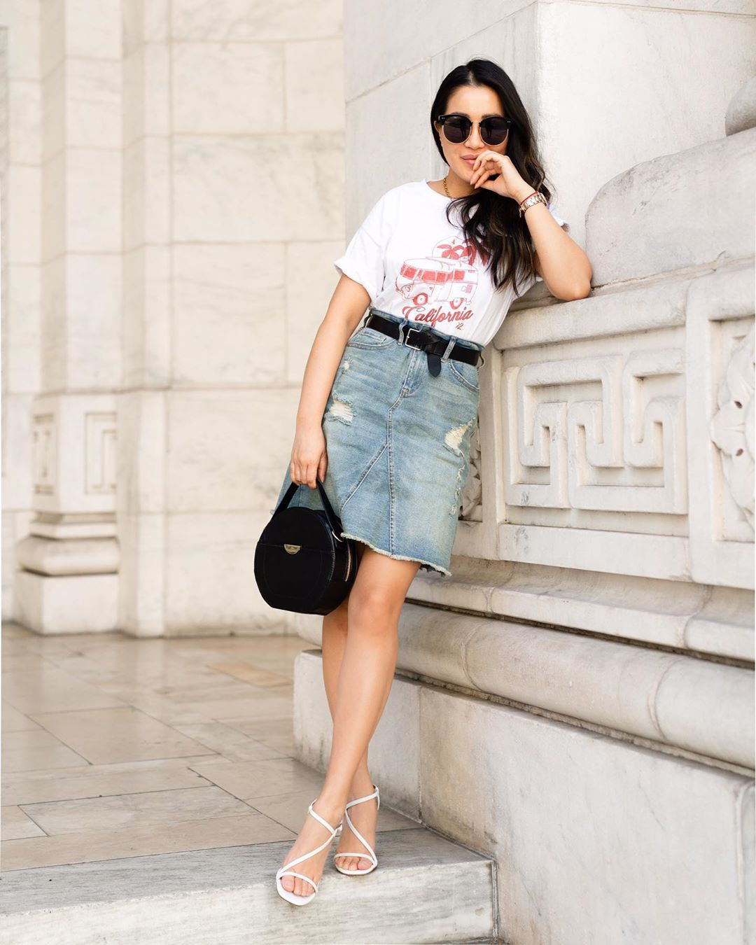 skirt mini skirt denim skirt white sandals black bag round bag white t-shirt