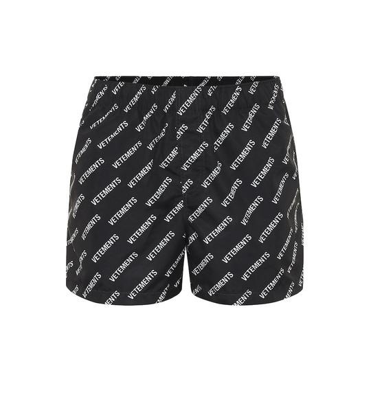 Vetements Logo shorts in black