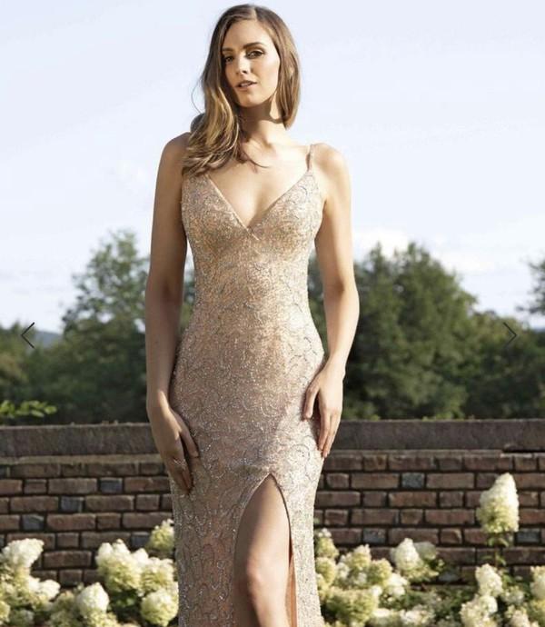 dress gold prom dress less than $200
