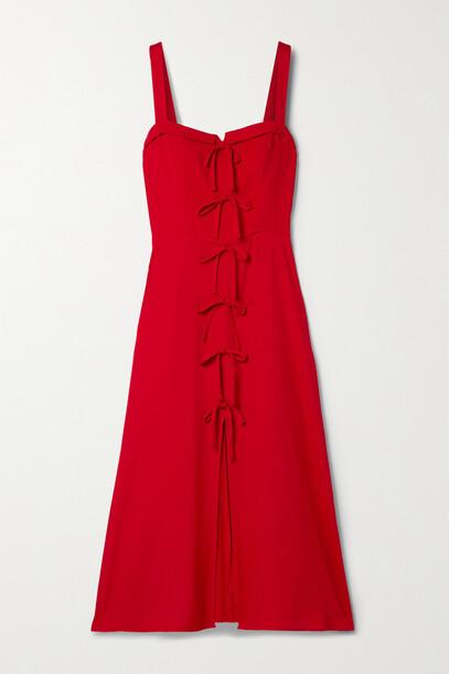 Reformation - + Net Sustain Eddie Shirred Crepe Midi Dress - US0 in red