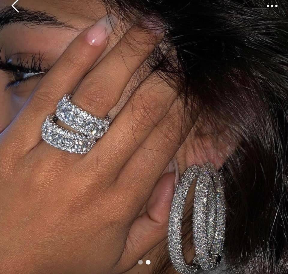 jewels silver diamonds earrings ring