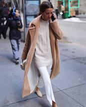 coat,long coat,teddy bear coat,white pants,oversized sweater,handbag