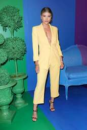 jacket,blazer,sofia richie,celebrity,model off-duty,pants,yellow,suit