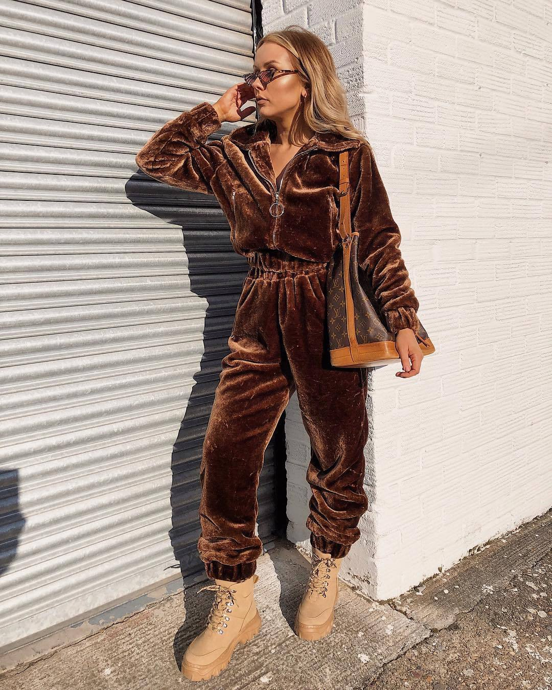 pants joggers faux fur prettylittlething combat boots platform boots brown jacket brown bag louis vuitton bag