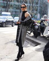 coat,houndstooth,midi dress,black dress,tights