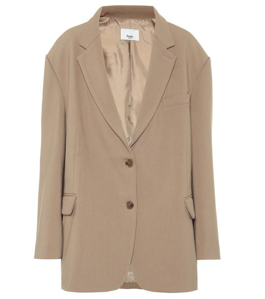 Frankie Shop Bea stretch-twill blazer in brown