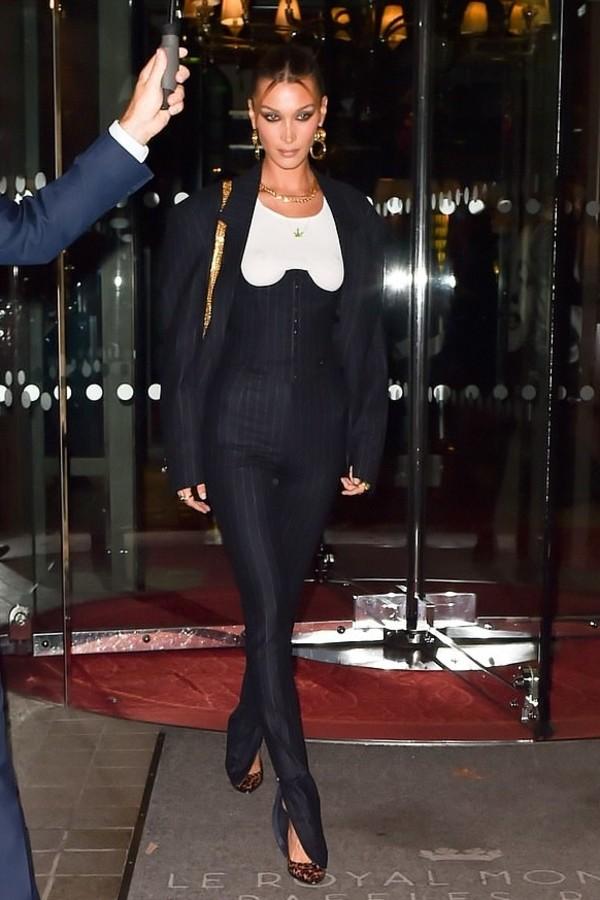 pants top bustier bella hadid model off-duty suit blazer fashion week